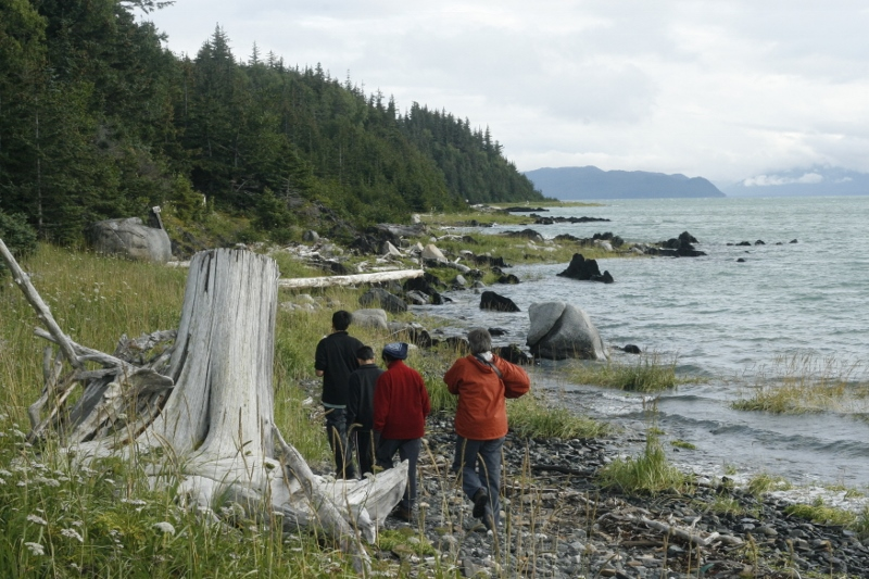Hiking along the coast along the Haines peninsula
