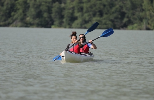 Paddle fun, stable 3-person kayaks