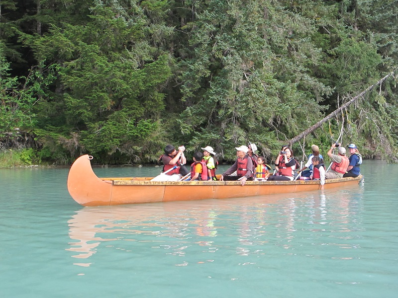 Chilkoot Lake Canoe Safari - fantastic scenery & wildlife viewing